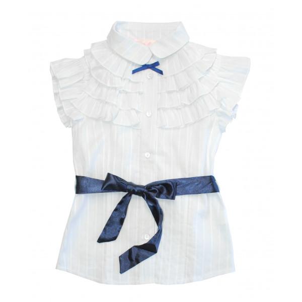 Блузка с коротким рукавом.