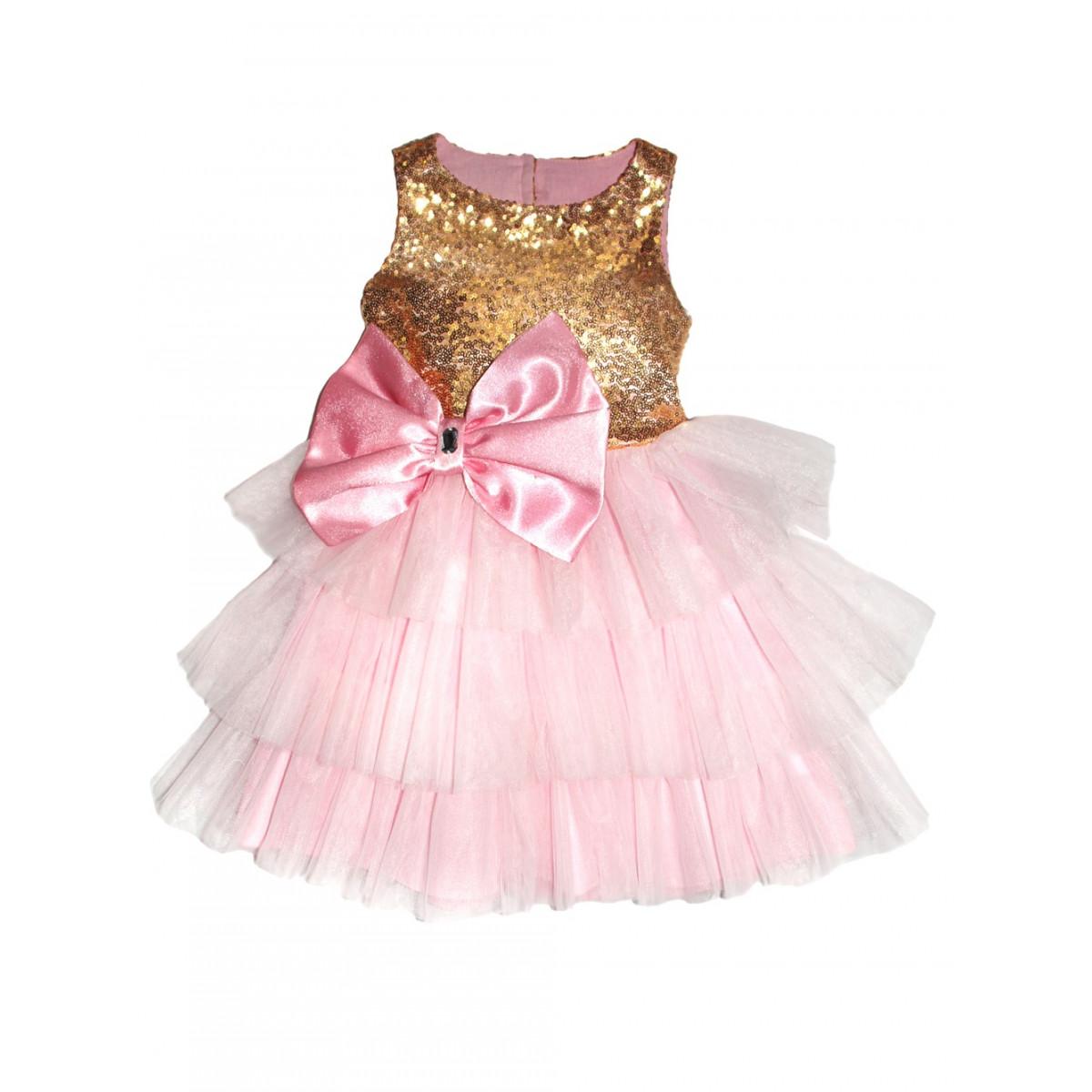 Платье .Розовое с бантом на спине.