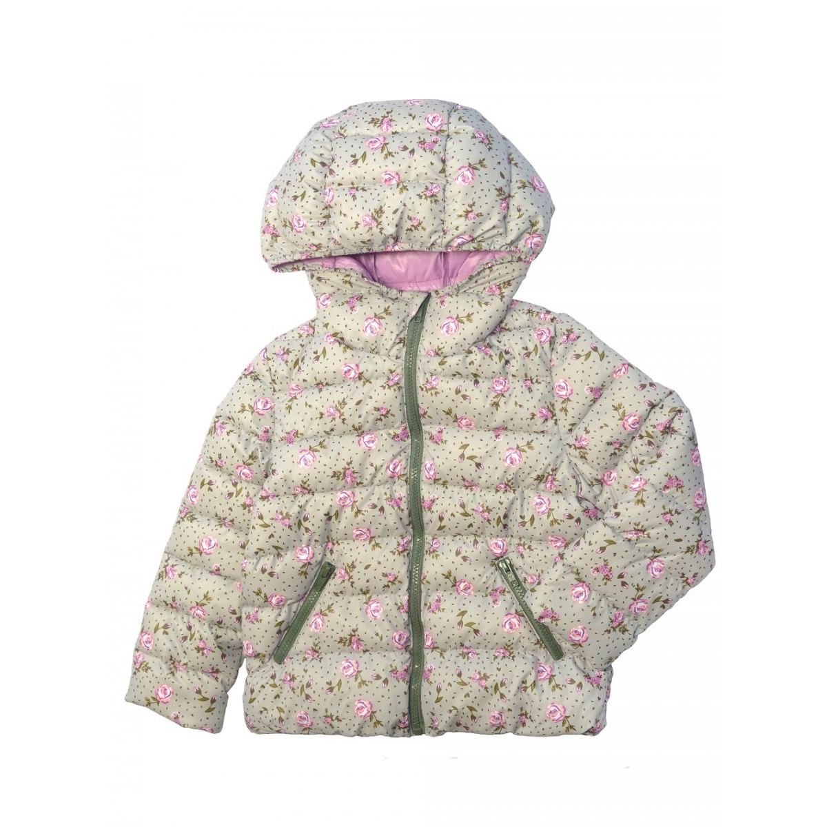 Куртка для девочки утеплённая.